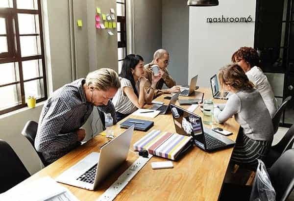 co-working freelancers